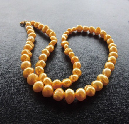 Freshwater Pearl Necklace - Dyed Yellow
