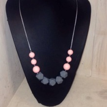Teething Necklace Pink/Grey
