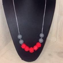 Teething Necklace Red/Grey