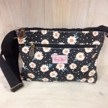 Tourist Bag - Daisies